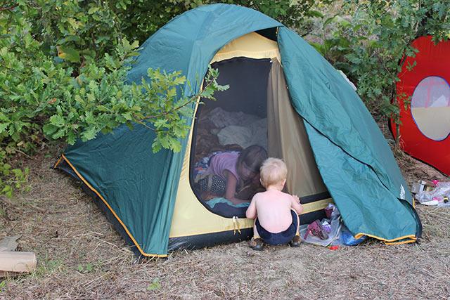 обустройство палаточного лагеря в родовом поместье
